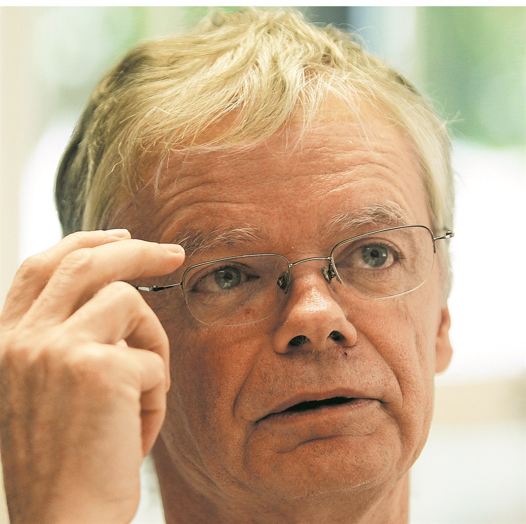 Hofmeyr rejects claims of political interference in the dropping of charges against Zuma